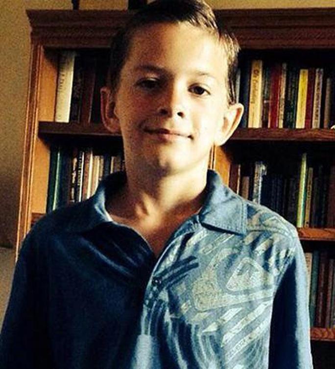 Cậu bé 13 tuổi đi hơn 20 km tìm người cứu em - Ảnh 1.