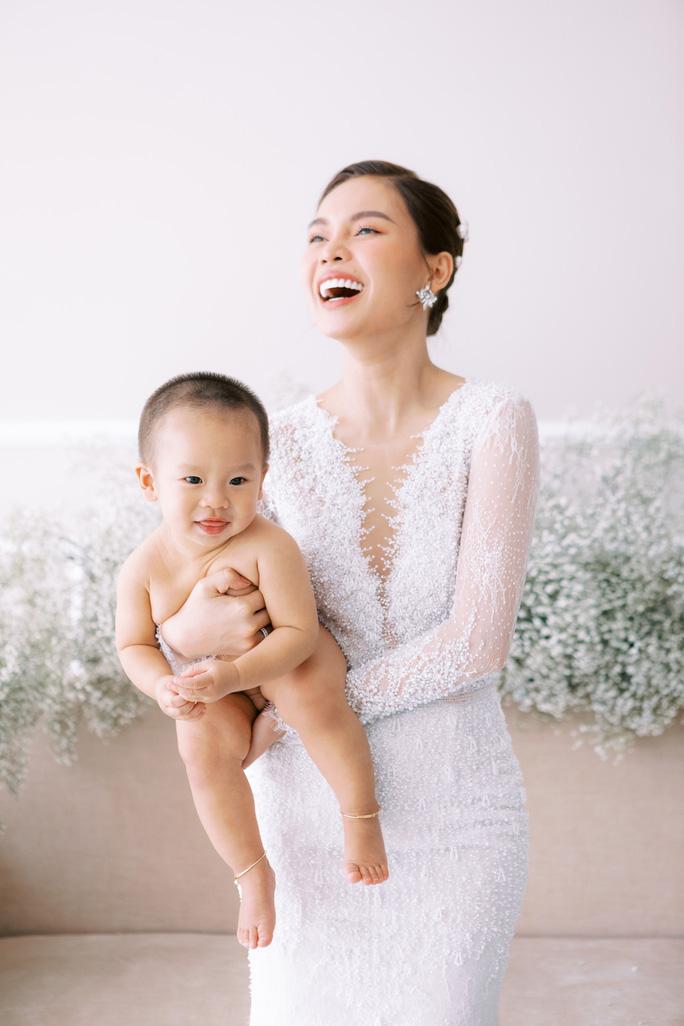 Đông Nhi - Ông Cao Thắng tung ảnh cưới bao trọn gói ở đảo ngọc Phú Quốc - Ảnh 8.