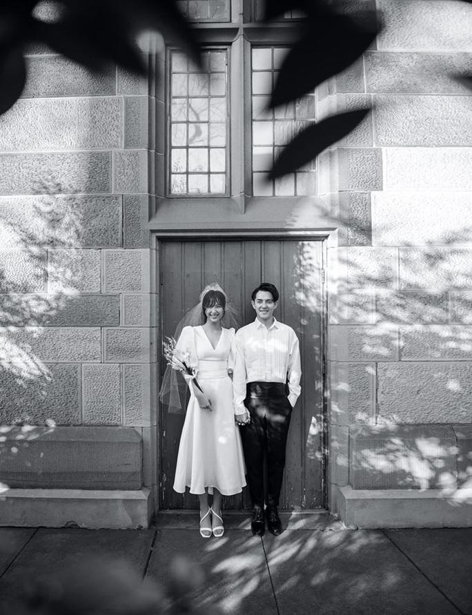 Đông Nhi - Ông Cao Thắng tung ảnh cưới bao trọn gói ở đảo ngọc Phú Quốc - Ảnh 1.