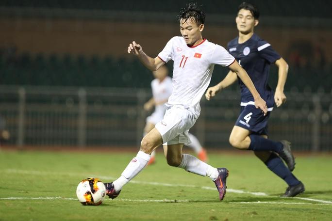 Thắng dễ Đảo Guam, U19 Việt Nam tranh chung kết với Nhật Bản - Ảnh 1.