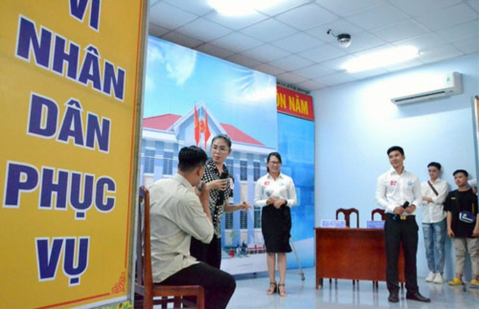 An Giang: Mỗi đoàn viên là một tuyên truyền viên cải cách hành chính - Ảnh 1.