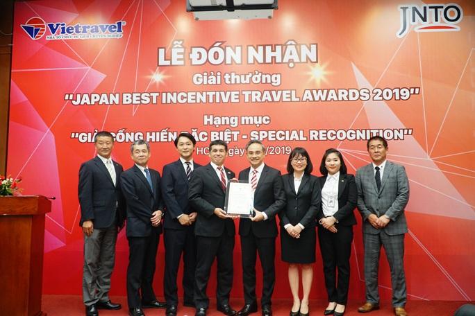 Đưa khách đến vùng từng bị thảm họa kép, Vietravel nhận giải cống hiến từ Nhật Bản - Ảnh 1.