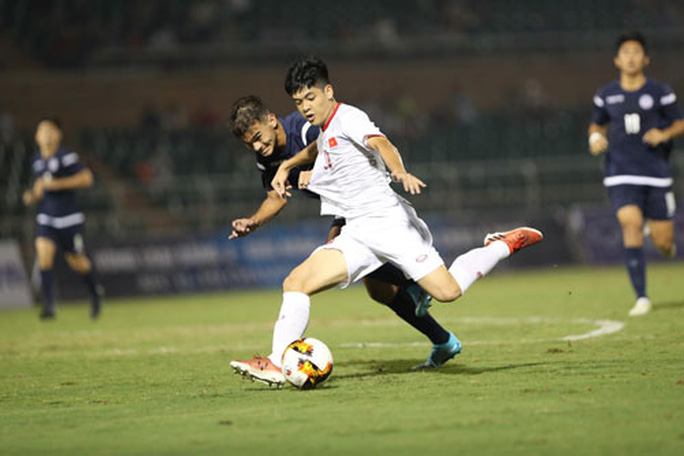 U19 Việt Nam chỉnh thước ngắm trước trận đại chiến U19 Nhật Bản - Ảnh 1.
