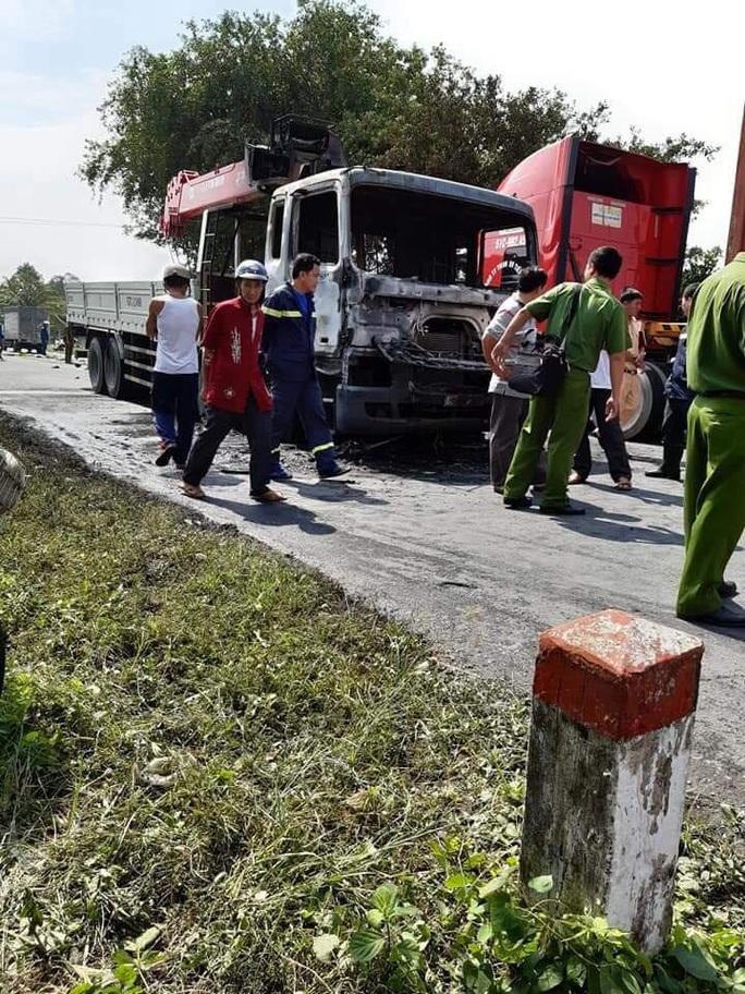 Người đàn ông chết cháy thương tâm sau va chạm kinh hoàng với xe tải - Ảnh 3.