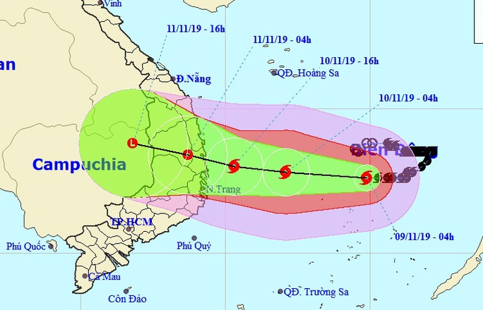 Bão số 6 giật cấp 15 tăng tốc vào Nam Trung bộ, sóng biển cao 7-8 m - Ảnh 1.