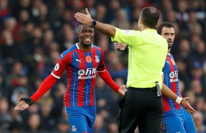 Sao trẻ Abraham quyết ghi bàn, Chelsea mơ soán ngôi Man City - Ảnh 4.