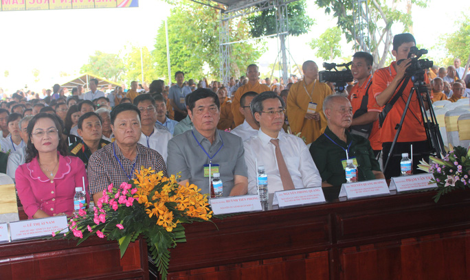 Hàng ngàn người đội nắng dự khánh thành Thiền viện Trúc Lâm Bạc Liêu - Ảnh 4.