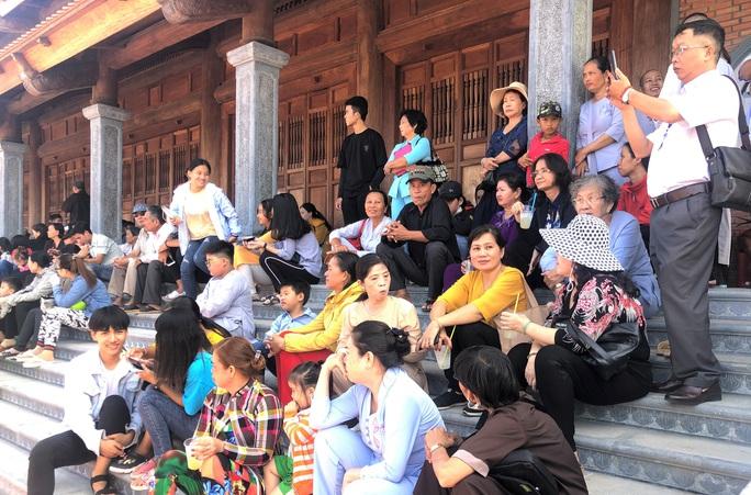 Hàng ngàn người đội nắng dự khánh thành Thiền viện Trúc Lâm Bạc Liêu - Ảnh 9.