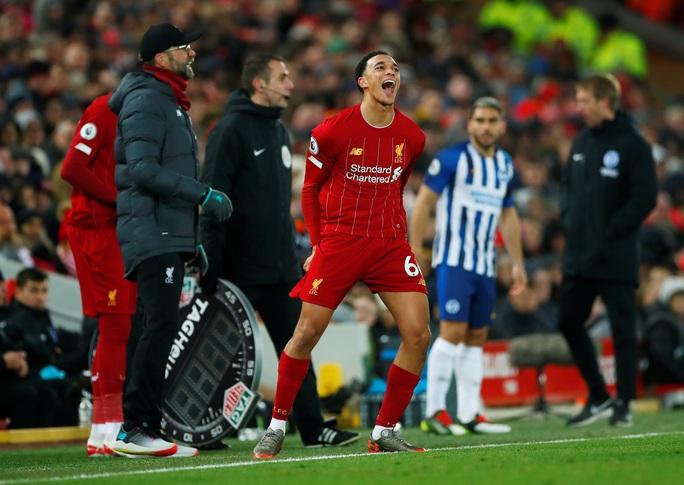 Van Dijk lập cú đúp, Liverpool nối dài kỷ lục không tưởng - Ảnh 5.