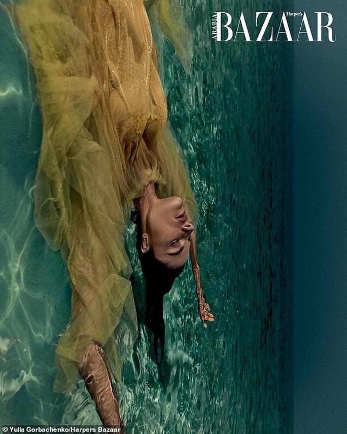 Siêu mẫu Alessandra Ambrosio tung loạt ảnh cứu hành tinh - Ảnh 2.