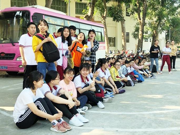Sôi nổi Hội thao Sinh viên Trường Cao đẳng kinh tế TP HCM  - Ảnh 4.