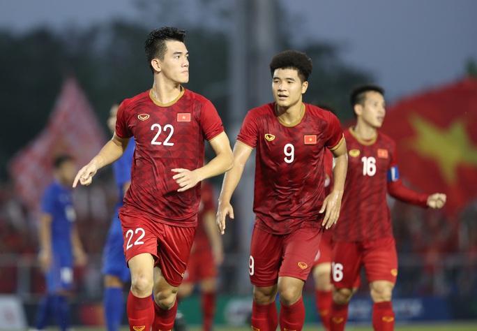 Kiatisuk dự báo sai thời điểm bóng đá Việt Nam bắt kịp Thái Lan - Ảnh 1.