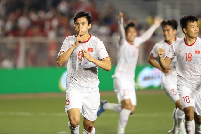 Trợ lý HLV Park Hang-seo: Bóng đá Việt Nam đang vươn tầm khỏi Đông Nam Á - Ảnh 1.