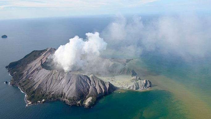 Lời nói đùa định mệnh của nạn nhân vụ phun trào núi lửa New Zealand - Ảnh 3.