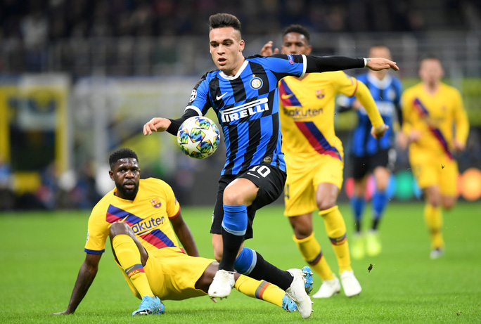 Thần đồng Barca tỏa sáng, Inter Milan vuột vé vòng knock-out - Ảnh 1.