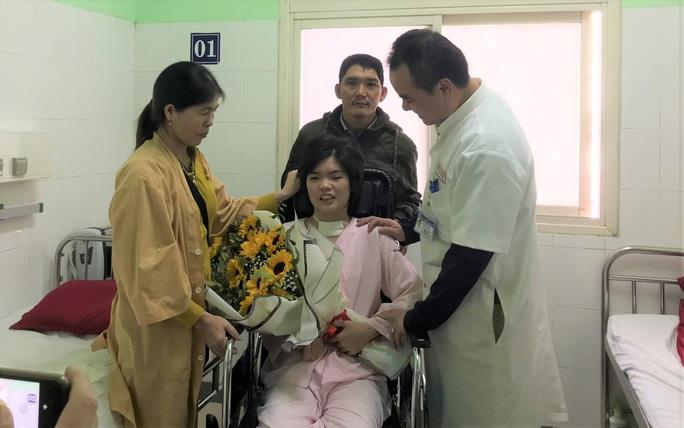 Cô gái Quảng Nam bệnh viện trả về hồi phục kỳ diệu, vượt qua cửa tử - Ảnh 2.