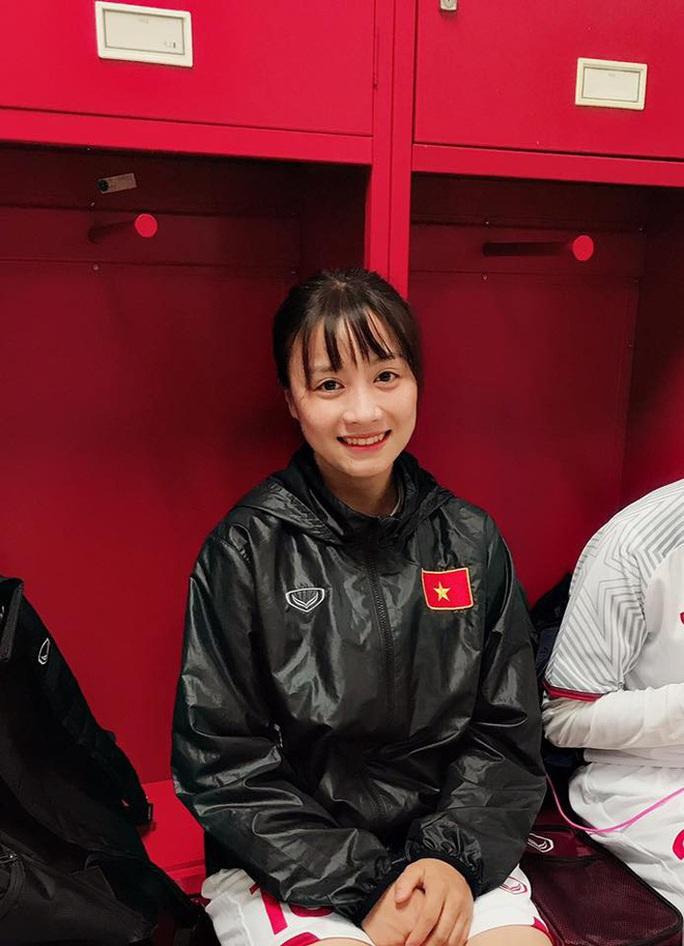 Điêu đứng với Hoàng Thị Loan - hoa khôi tuyển bóng đá nữ Việt Nam - Ảnh 9.