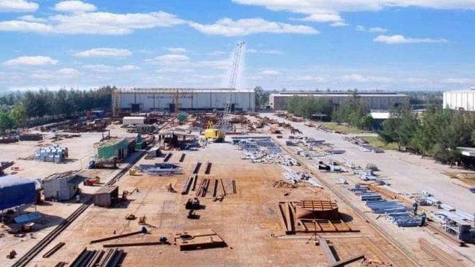 Nổ lớn tại nhà máy Lilama, 1 người tử vong - Ảnh 1.