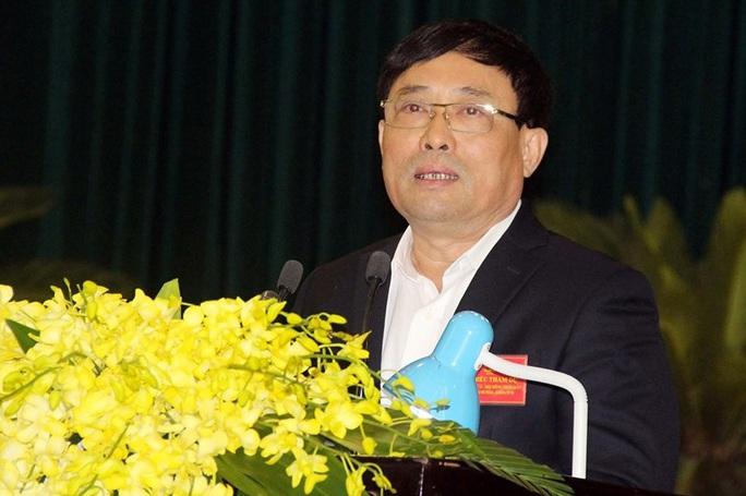 Giám đốc Sở TN-MT Thanh Hóa thừa nhận kênh dẫn nước rất bẩn và lo lắng khi uống vào cứ thấy béo ra - Ảnh 3.