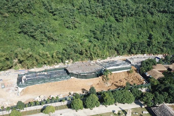 Cận cảnh công trình khủng vượt phép xâm hại di sản Tràng An - Ảnh 7.