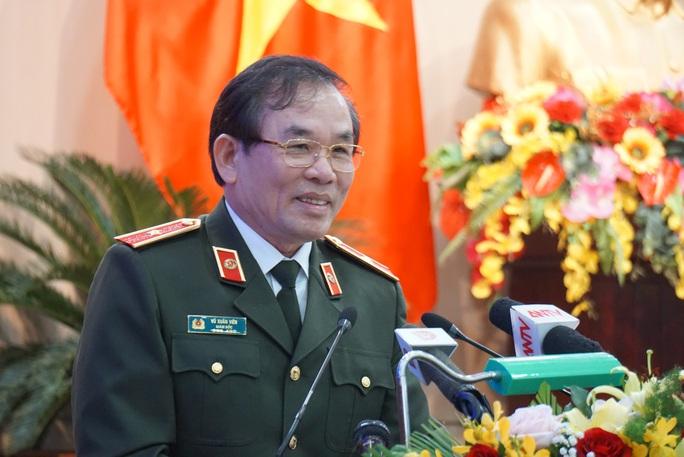 Đà Nẵng: Nhiều người ngoại tỉnh lập doanh nghiệp, chuyển cho người nước ngoài - Ảnh 1.