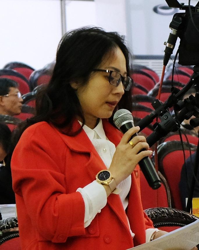 Giám đốc Sở TN-MT Thanh Hóa thừa nhận kênh dẫn nước rất bẩn và lo lắng khi uống vào cứ thấy béo ra - Ảnh 2.