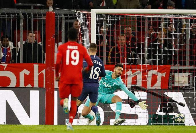 Tottenham thua đậm Bayern, Mourinho hẹn quyết đấu vòng knock-out - Ảnh 1.