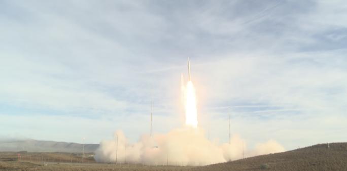 Mỹ phóng tên lửa đạn đạo sau khi rút khỏi INF - Ảnh 1.