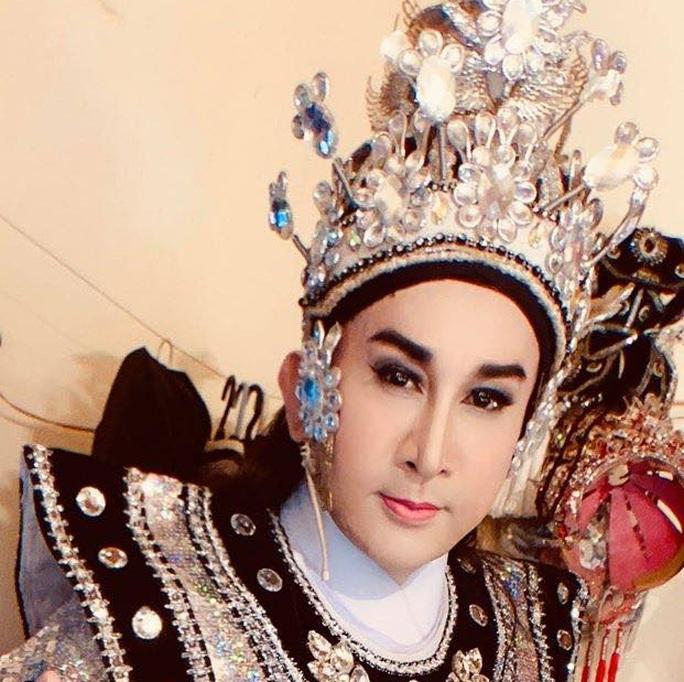 NSƯT Kim Tử Long tất bật mùa hát chầu tuồng cổ - Ảnh 2.