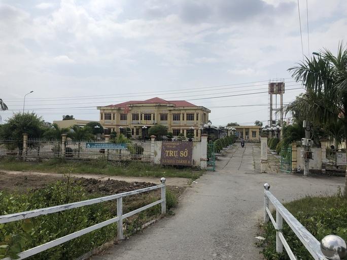 Cán bộ xã ở Bạc Liêu tạm giữ gần 1,2 tỉ đồng tiền xây nhà tình nghĩa - Ảnh 1.