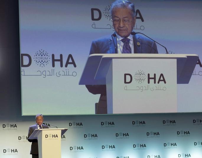 Thủ tướng Malaysia chưa muốn bàn giao quyền lực - Ảnh 1.