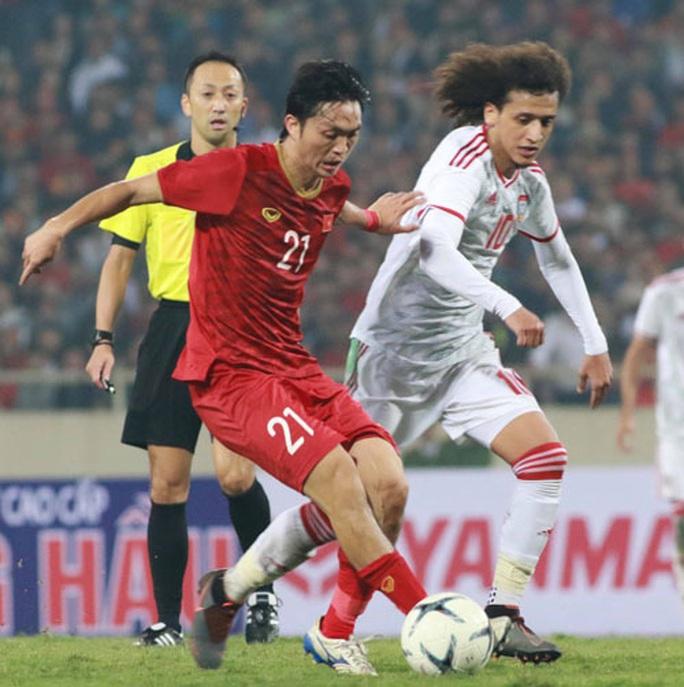 Bóng đá Việt Nam tiêu cực liên miên, SEA Games cũng bán độ: Hiệu ứng từ cơn giận của các ông bầu - Ảnh 1.