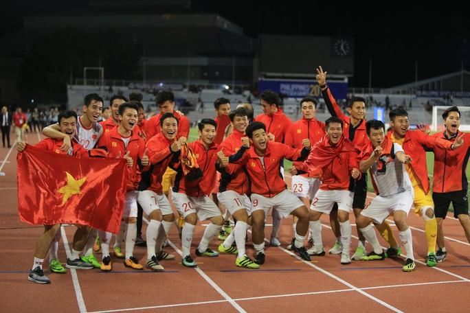 Bóng đá Việt Nam trên đường phát triển: Hiệu ứng Park Hang-seo - Thời cơ của bóng đá Việt Nam - Ảnh 1.