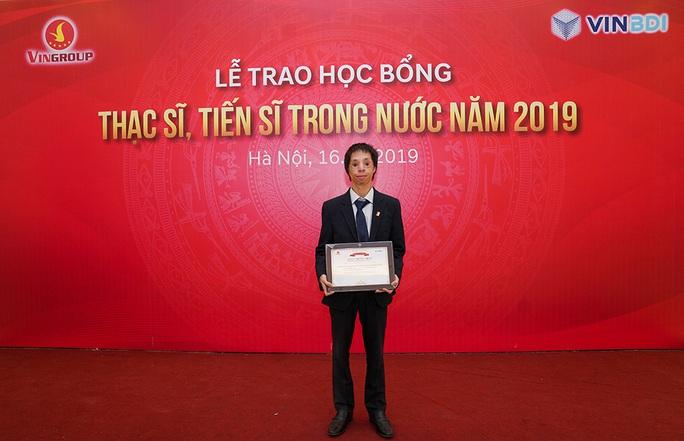 Trao học bổng tới 1 triệu USD, GS Vũ Hà Văn truyền cảm hứng cho các tiến sĩ, thạc sĩ tương lai - Ảnh 3.