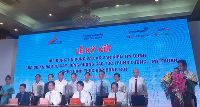 6.686 tỉ đồng vốn tín dụng để đẩy nhanh tiến độ cao tốc Trung Lương - Mỹ Thuận - Ảnh 1.