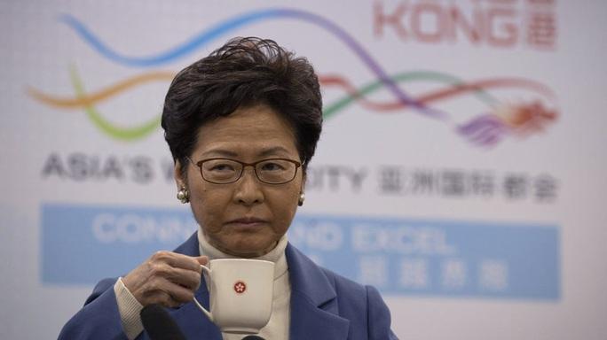Bắc Kinh nhắc nhở lãnh đạo Hồng Kông chưa hoàn thành nhiệm vụ - Ảnh 1.