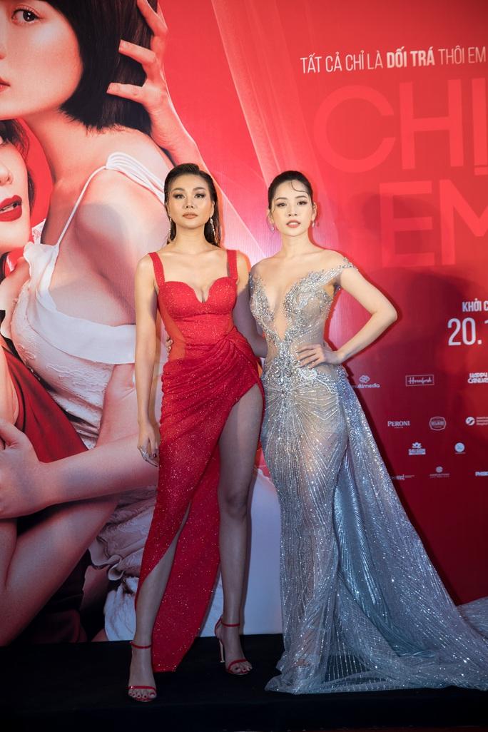 Thanh Hằng, Chi Pu đọ sắc trên thảm đỏ Chị chị em em - Ảnh 5.