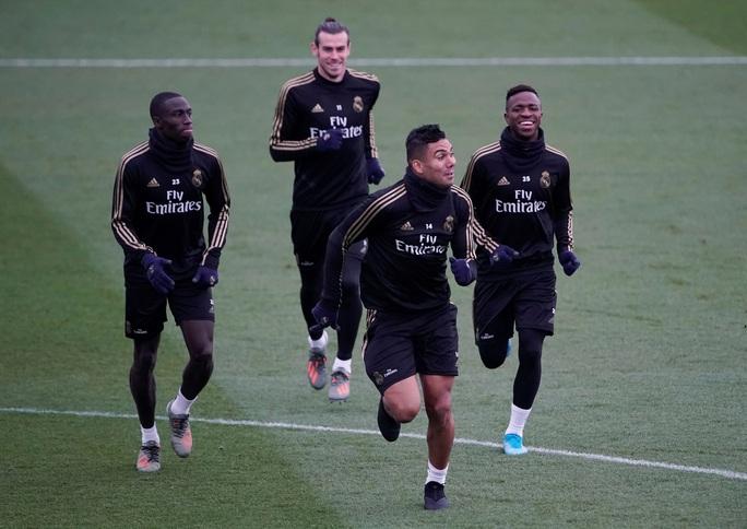 HLV Zidane: Real Madrid sẽ khóa chặt Messi - Ảnh 3.