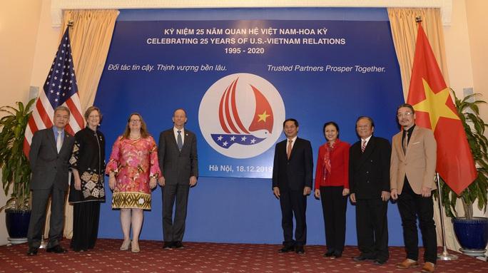 Trợ lý Ngoại trưởng Mỹ David Stilwell thăm Việt Nam - Ảnh 1.