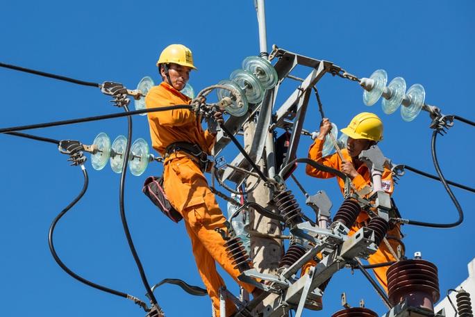 EVNCPC: Không cắt điện trong dịp lễ, Tết - Ảnh 1.