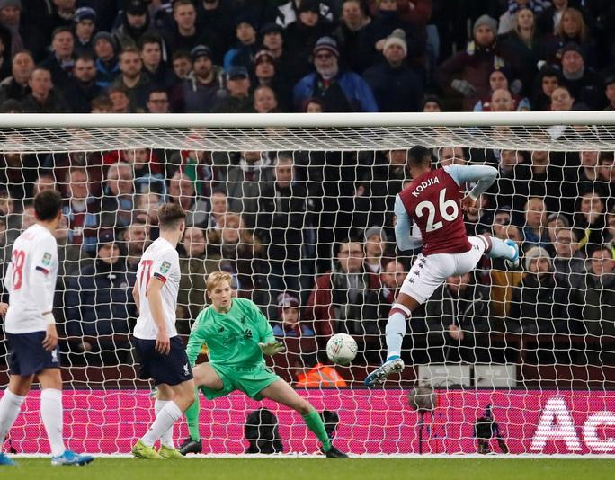 Chia quân đá cúp, Liverpool thua trận kinh hoàng ở Villa Park - Ảnh 3.