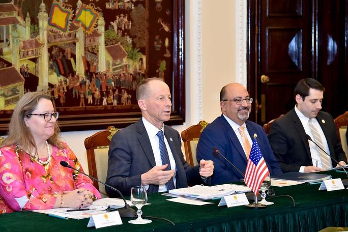 Trợ lý Ngoại trưởng Mỹ David Stilwell thăm Việt Nam - Ảnh 8.
