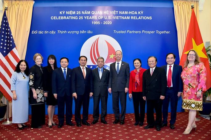 Trợ lý Ngoại trưởng Mỹ David Stilwell thăm Việt Nam - Ảnh 11.