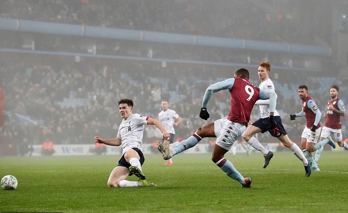 Chia quân đá cúp, Liverpool thua trận kinh hoàng ở Villa Park - Ảnh 6.