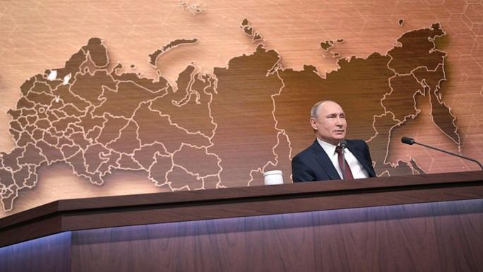 Ông Trump bị luận tội, ông Putin bênh chằm chặp - Ảnh 1.