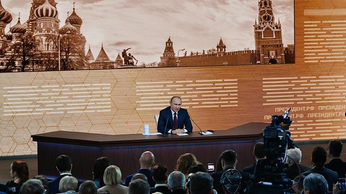 Ông Trump bị luận tội, ông Putin bênh chằm chặp - Ảnh 2.