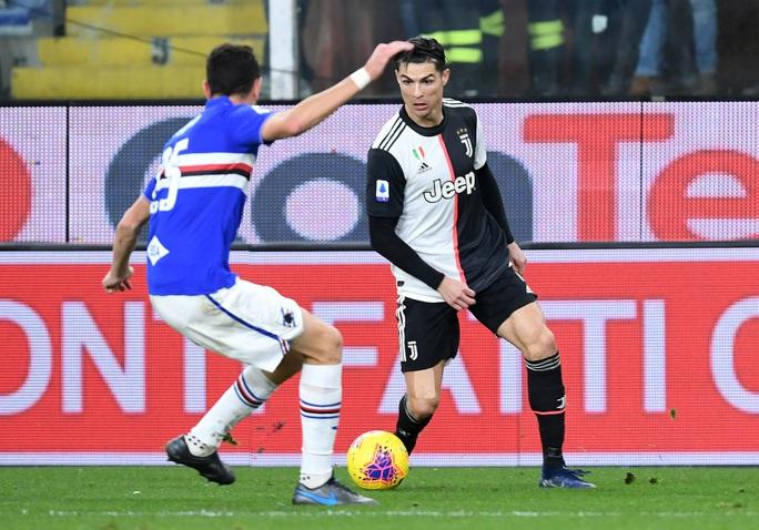 Ronaldo giúp Juventus vươn đầu bảng giải Serie A - Ảnh 3.