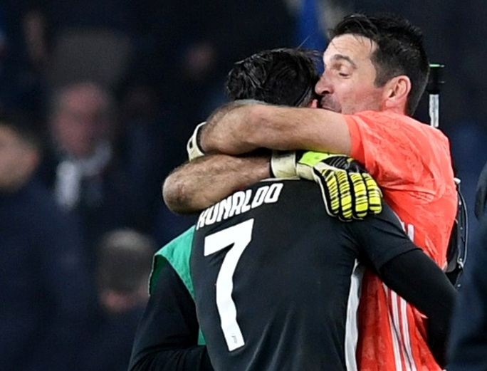 Ronaldo giúp Juventus vươn đầu bảng giải Serie A - Ảnh 2.