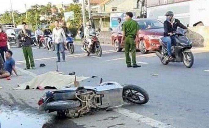 Ô tô bỏ chạy sau khi tông chết cô gái 29 tuổi - Ảnh 1.