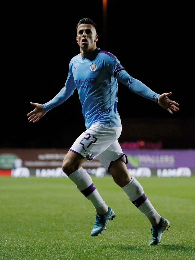 Man City hẹn quyết đấu Man United ở bán kết Cúp Liên đoàn - Ảnh 1.
